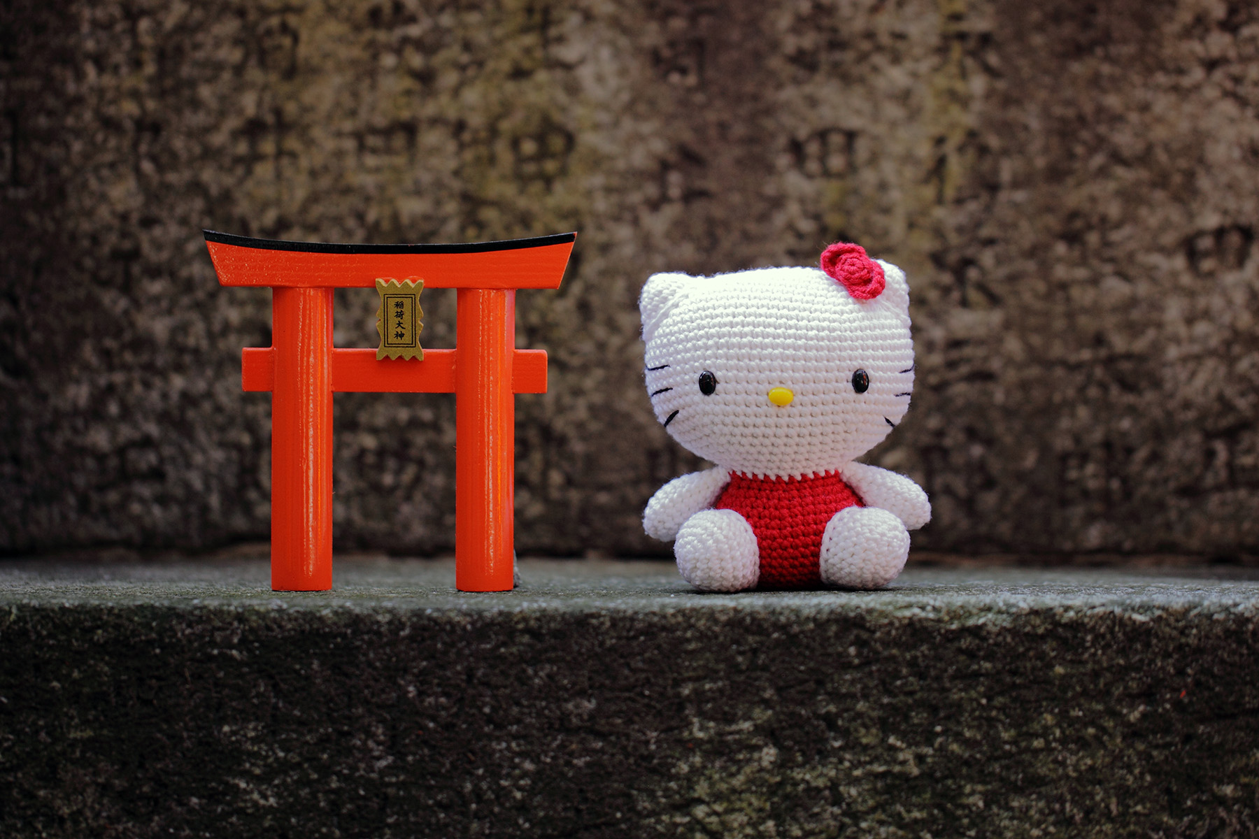 Hello Kitty at Fushimi Inari Taisha