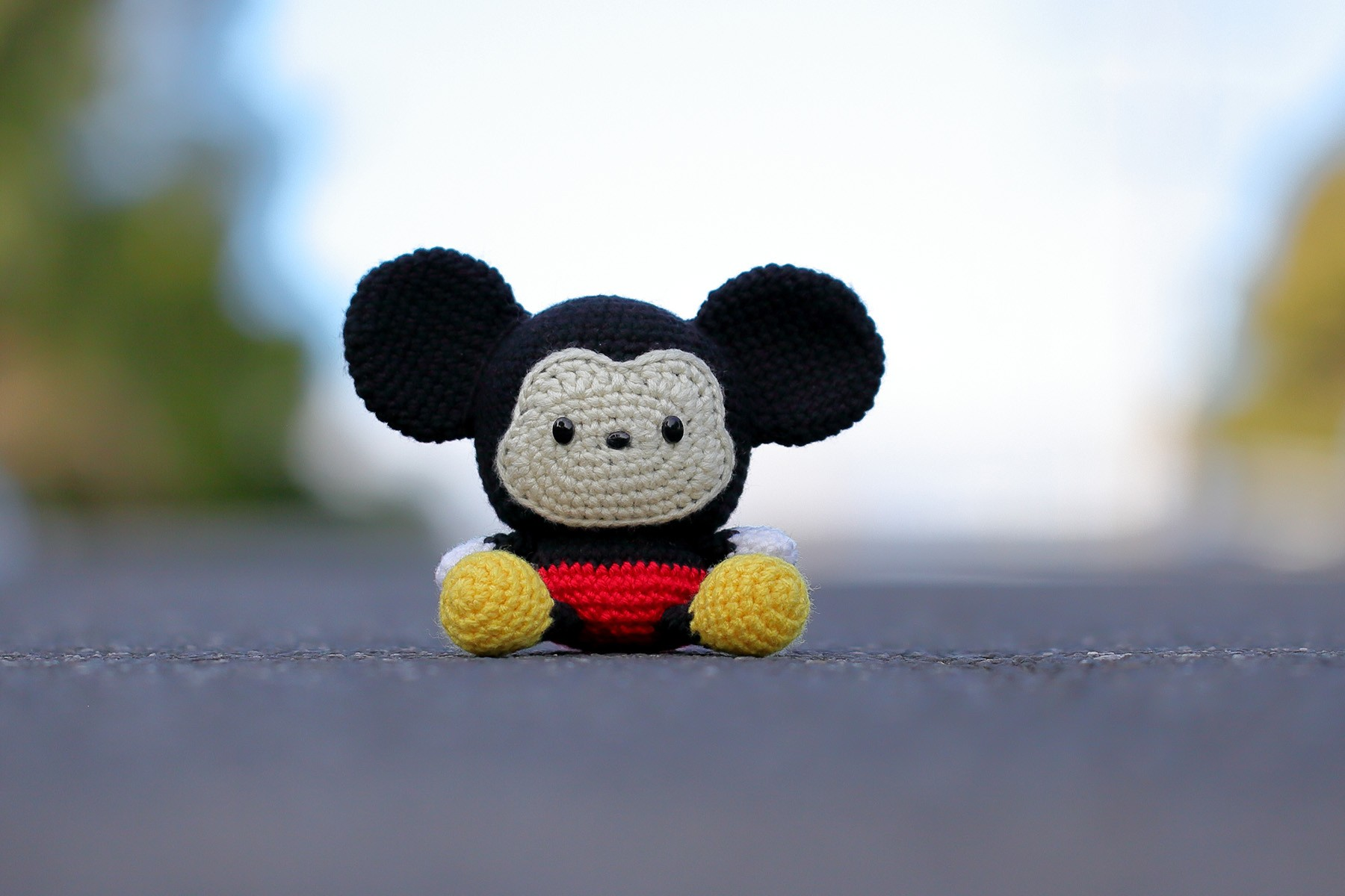 Free Pattern Friday: Minnie Mouse Amigurumi | Crochet mickey mouse ... | 1200x1800
